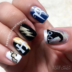 #HNB #nailsmagazine #nailsalon #nailsmag #Lakeview #Chicago #HarryPotter #harrypotternails #HarryPot