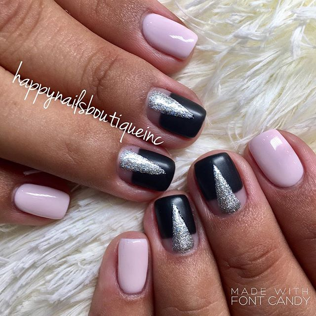 #simple and #chic #nailart is always fans favorite! #chitown #chicagonails #chicago #lakeview #love