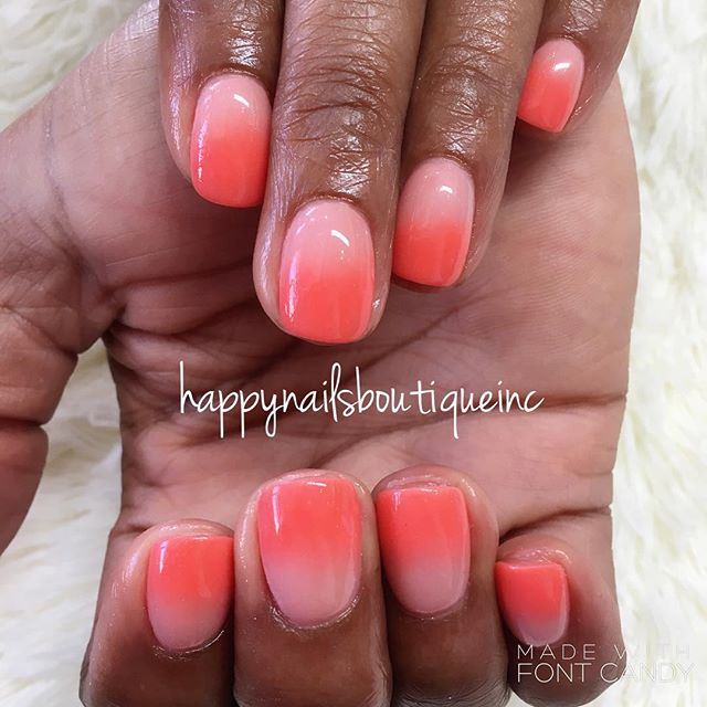 #ombrenails never go out of style! #hnb #312food #lakeviewchicago #lakeview #nails #nailart #nailsma