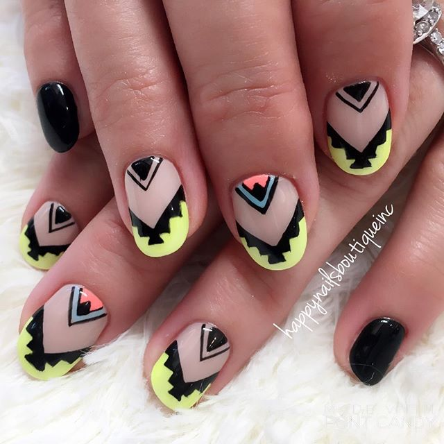 Level achieved_ leader of the tribe 🕶💅🏻💀🖤 #nailsmagazine #nailsonfleek #nailstagram #naildesign
