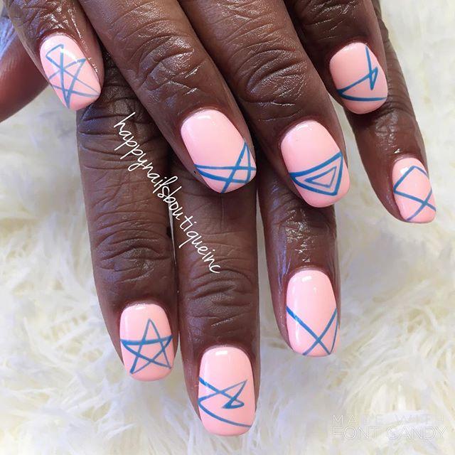Inspired by our ⭐️! #love #stars #arrangement #nails #nailart #nailsmag #nailsalon #naildesigns #nai