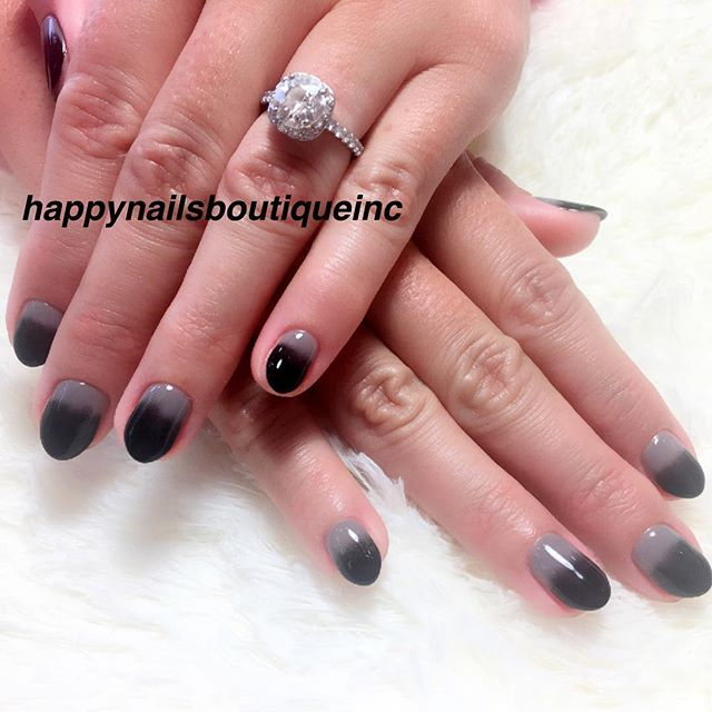 Ombré gray and black #nail #nails #nailart #ombrenails #Chicago #Lakeview #love #gelcolor #gelnails