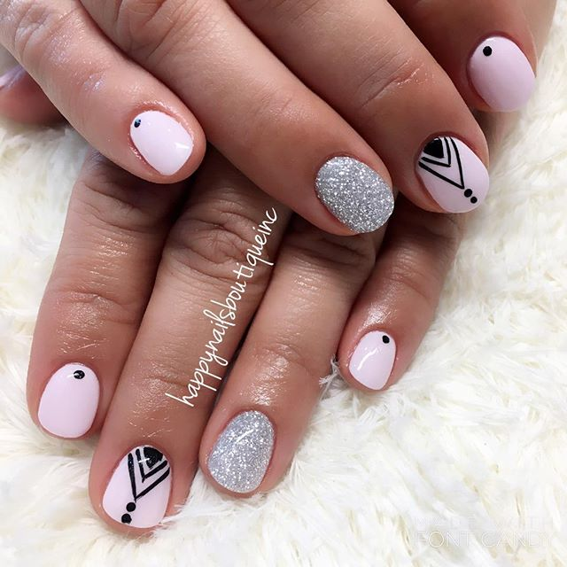 Who says #nailart can't be done on #dippowder_ #nailsmagazine #312food #naturalnailsgoal #nailsalon