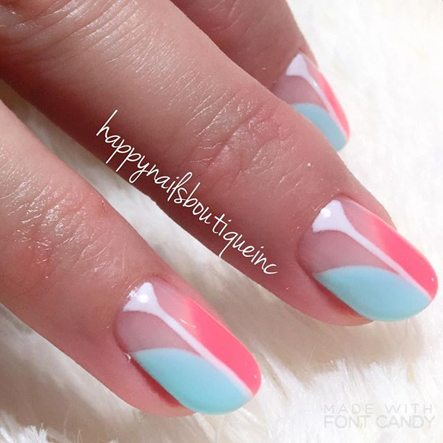 #spring is in the air! ☀️🌻🌼🌸💐 #HNB #nailsmagazine #Lakeview #nailsalon #nailart #nails #freehand