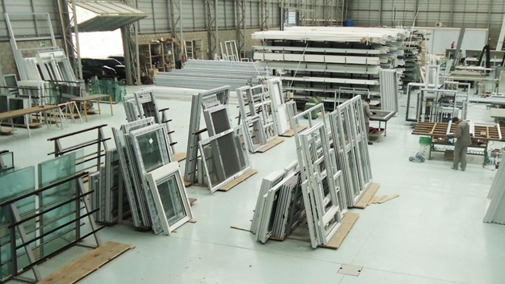 Fabricar esquadrias de alumínio