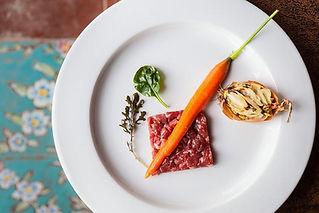 tartare di manzo con carota di perbacco ristorante e bar davi aprilia