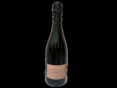 Bottiglia di bollicine rosè Levis Dosaggio Zero per cena elegante
