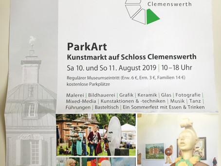Das Kunstfestival ParkArt findet im August auf Schloss Clemenswerth in Sögel statt.