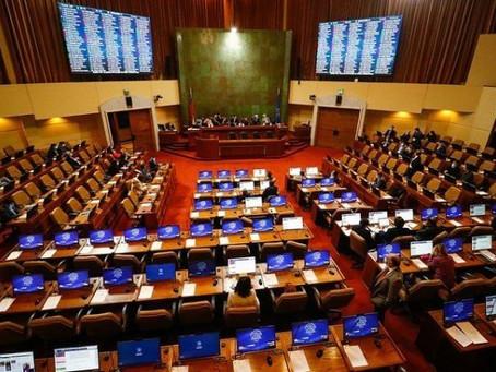 Cámara de diputados aprueba reajuste sector público; incluye bono para trabajadores/as de la salud