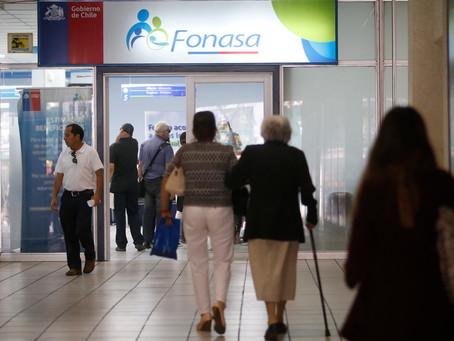 UAF alerta a Fiscalía por operaciones sospechosas para defraudar a Fonasa