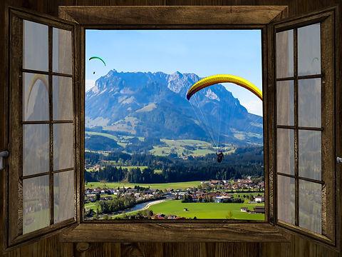 window-1716930_1920.jpg