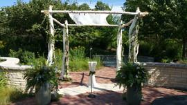 Outdoor Wedding Ceremony Décor