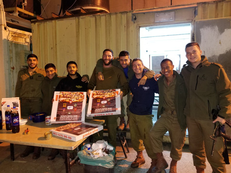 pizza for IDF soldiers