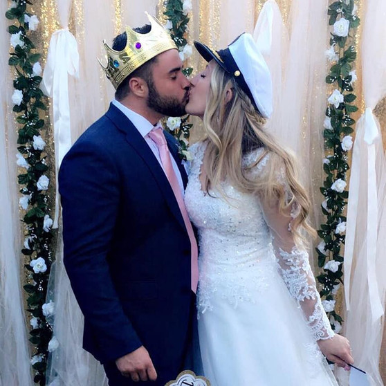 Wedding Kissing Photo Booth