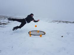 Rebound in Snow