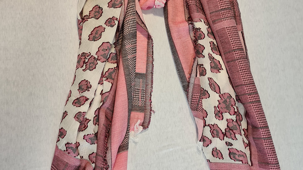 Pink heart abstract Scarf