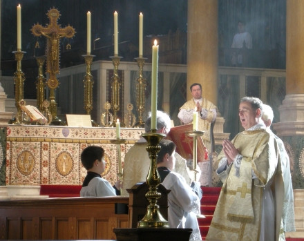 Live Streamed Masses - Access Mass Online During COVID-19 Isolation