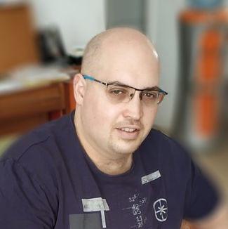 profile%20pic_edited.jpg