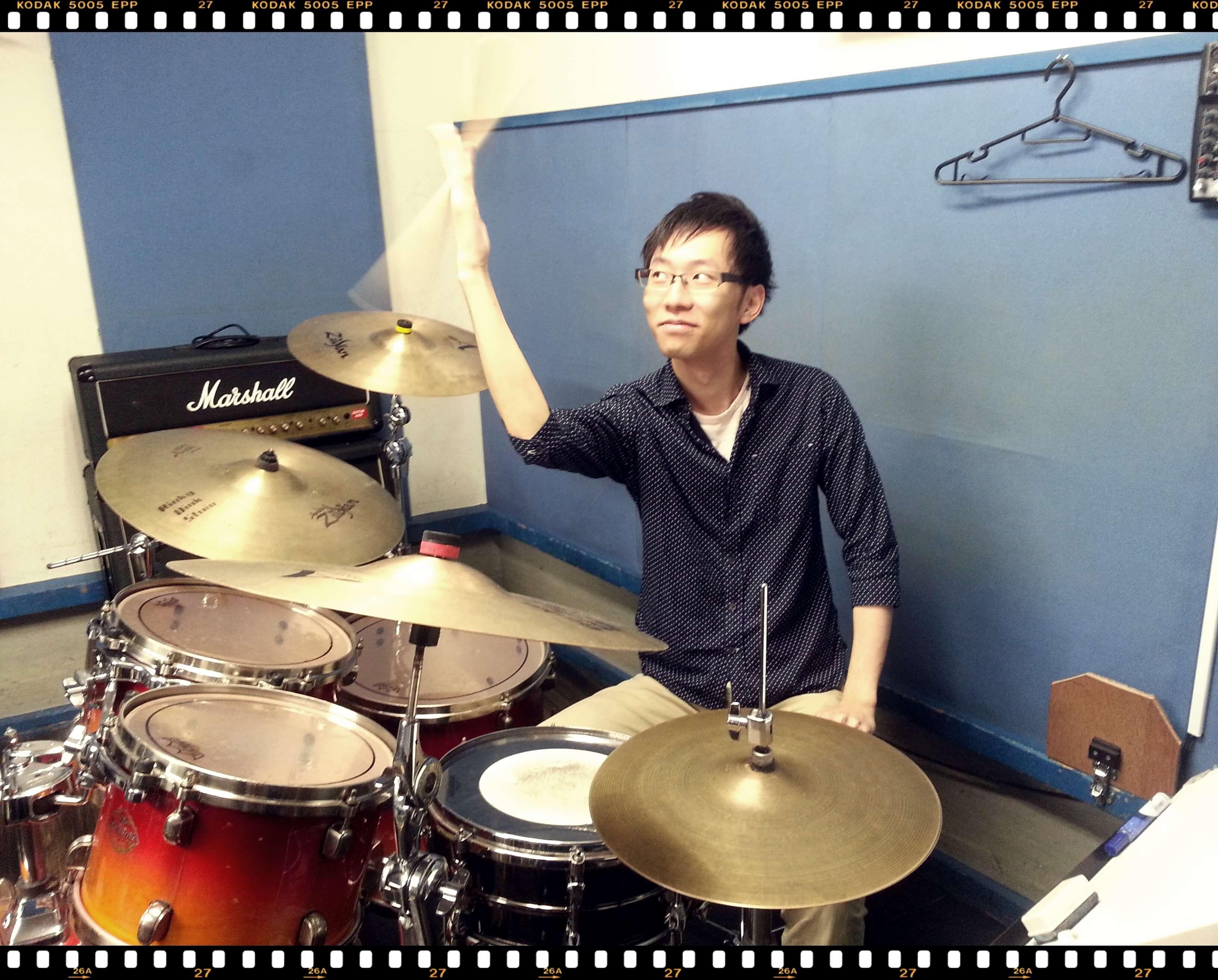 中野・吉祥寺・西荻窪・池袋のドラムレッスン|Cozy Up ドラム教室|レッス写真|大人