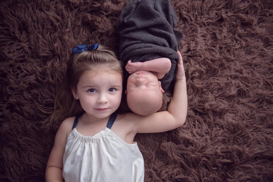 sibling newborn session