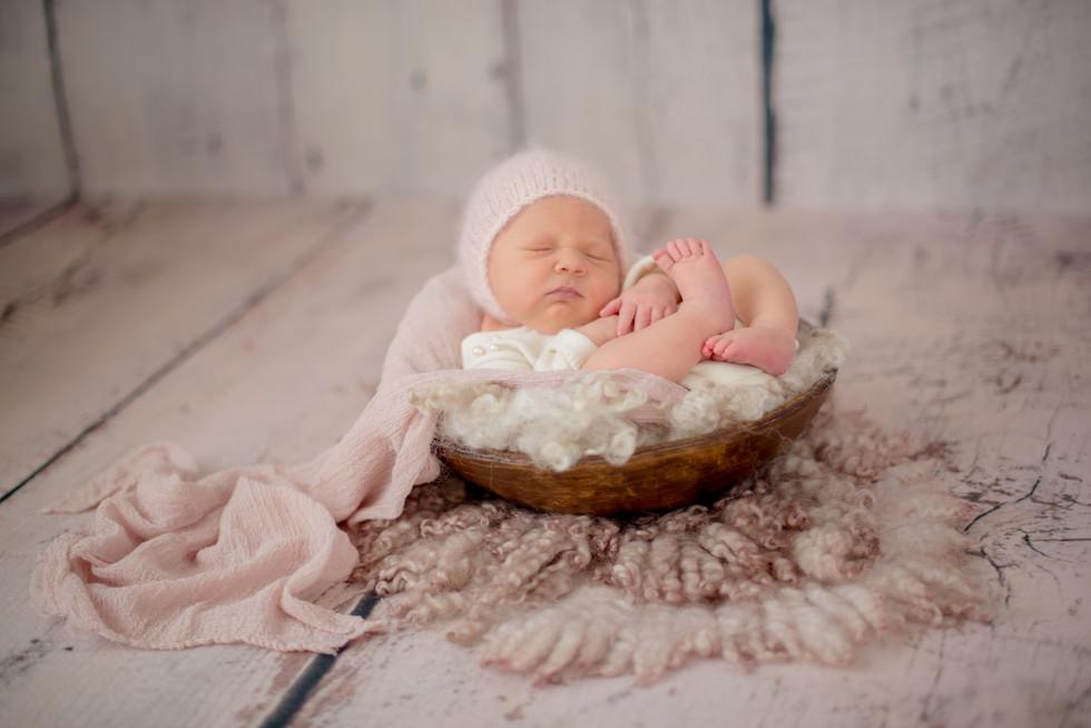 vintage inspired newborn session