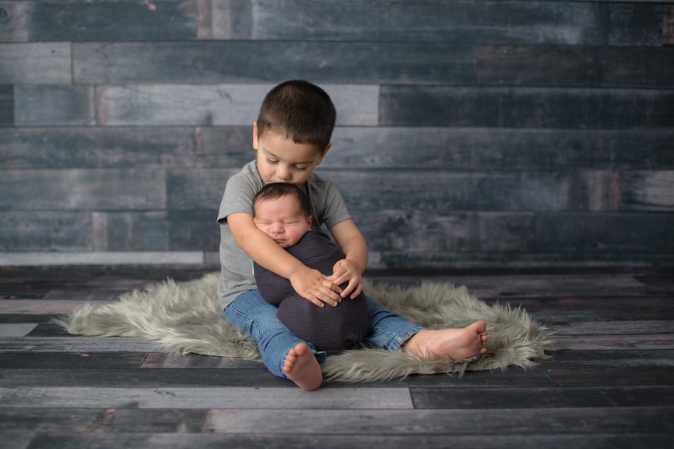 big brother newborn session