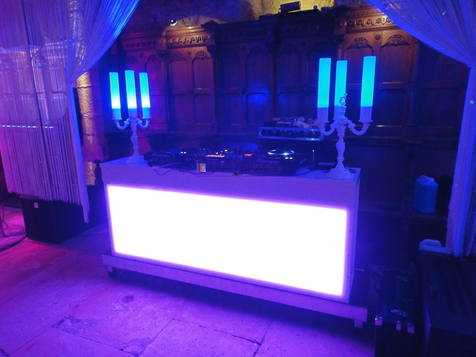Bar et Candelabre Lumineux DJ