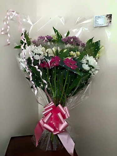 Traditional  flat packed bouquet