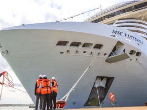 MSC Virtuosa chega a Southampton para retomar cruzeiros no Reino Unido