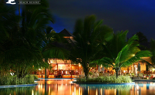 Nannai  Resort & Spa ao anoitecer