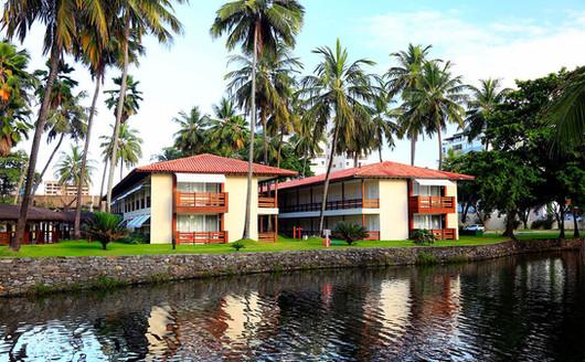 Apartamentos próximos ao Lago