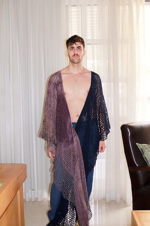 The shape-shifting shawl