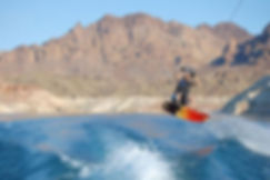 LakeMead-Wakeboarding-800x534.jpg