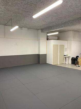 Surface d'entrainement du club de JJB / Grappling à Lyon centre