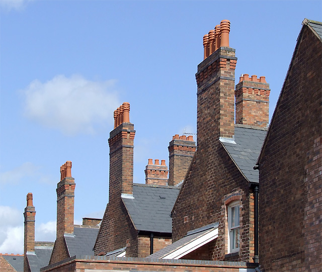 Chimneys_in_London_Place,_Wolverhampton_-_geograph.org.uk_-_1453250