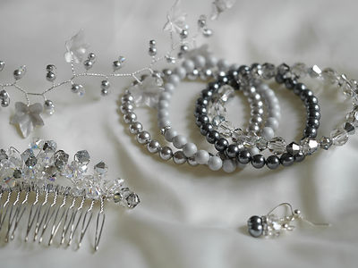 Shades of grey Swarovski crystals & pearls