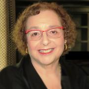 Laura Gross, Marketing Consultant l Copy Writer