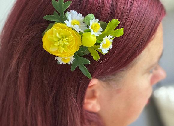 Yellow summer flower clip