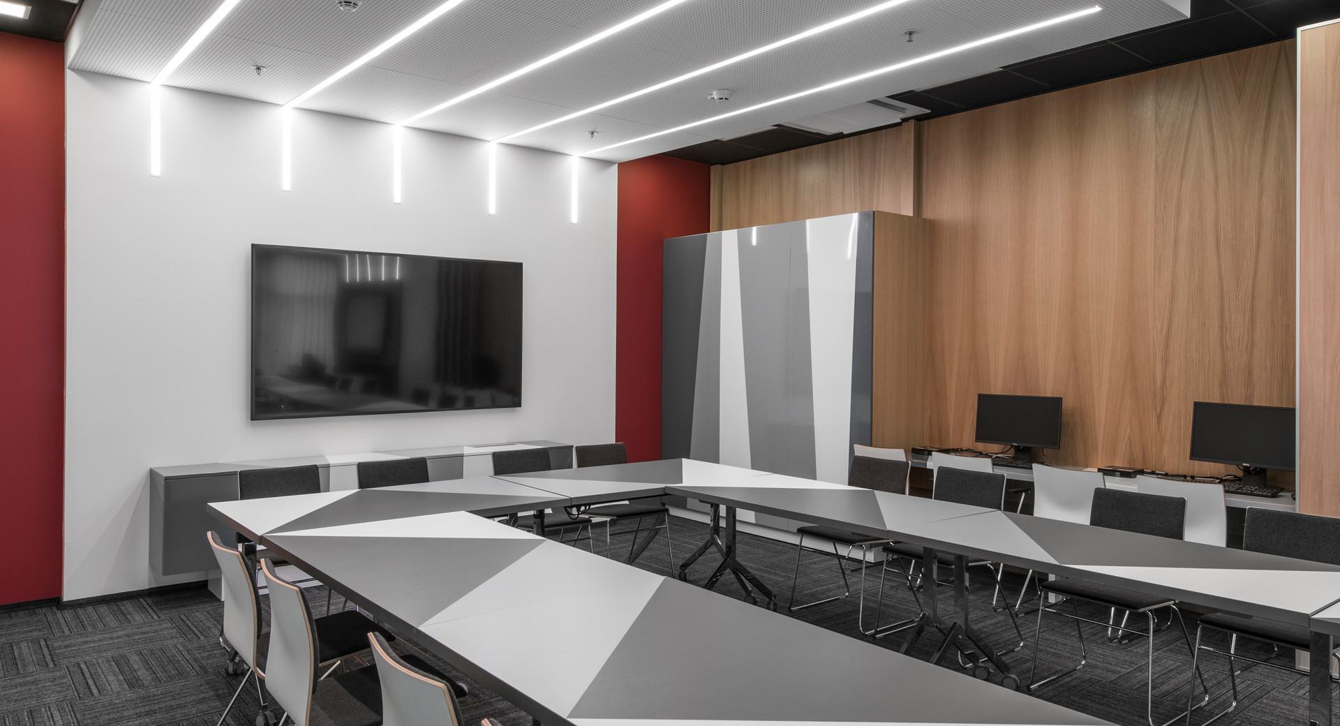 BROLIAISHAUNUOLIAI interior design 36.jpg