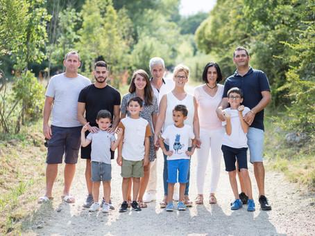 Séance photo en famille à l'Etang de Fontmerle - Mougins