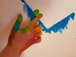 Malen mit Fingerfarbe