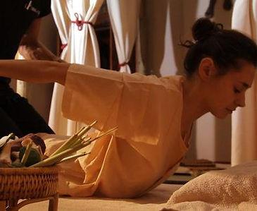Thai Nuad Bo-Rarn massage