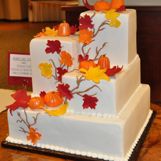 Fall Theme Wedding Cake_1.jpg