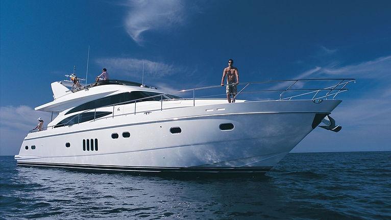 Motor_Yacht.jpg