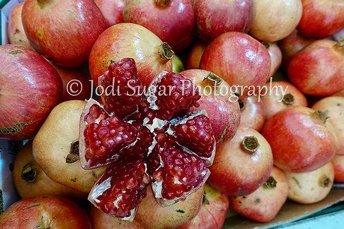 Pomegranates in Shuk Machaneh Yehuda