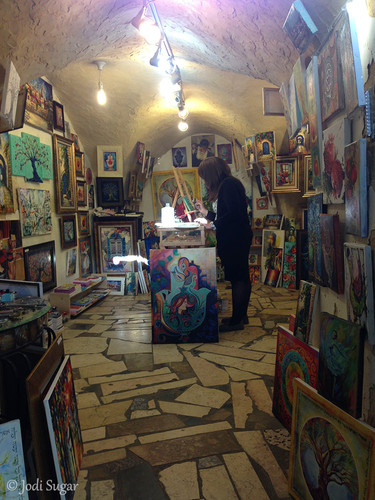 9-artist-gallery.jpg
