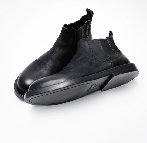 Mode_Rundholz_Leder_Boots_MINIMALshop_1.jpg