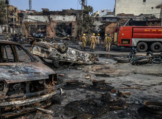 Delhi Erupts in Deadly Religious Riots