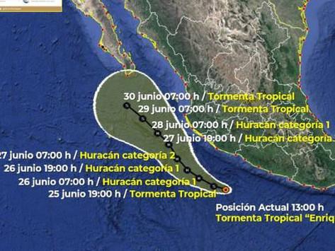 Tormenta tropical 'Enrique' podría convertirse en huracán