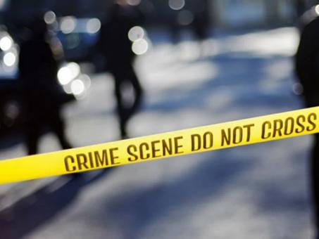 Menor de 2 años toma pistola y mata accidentalmente a su mamá en EU